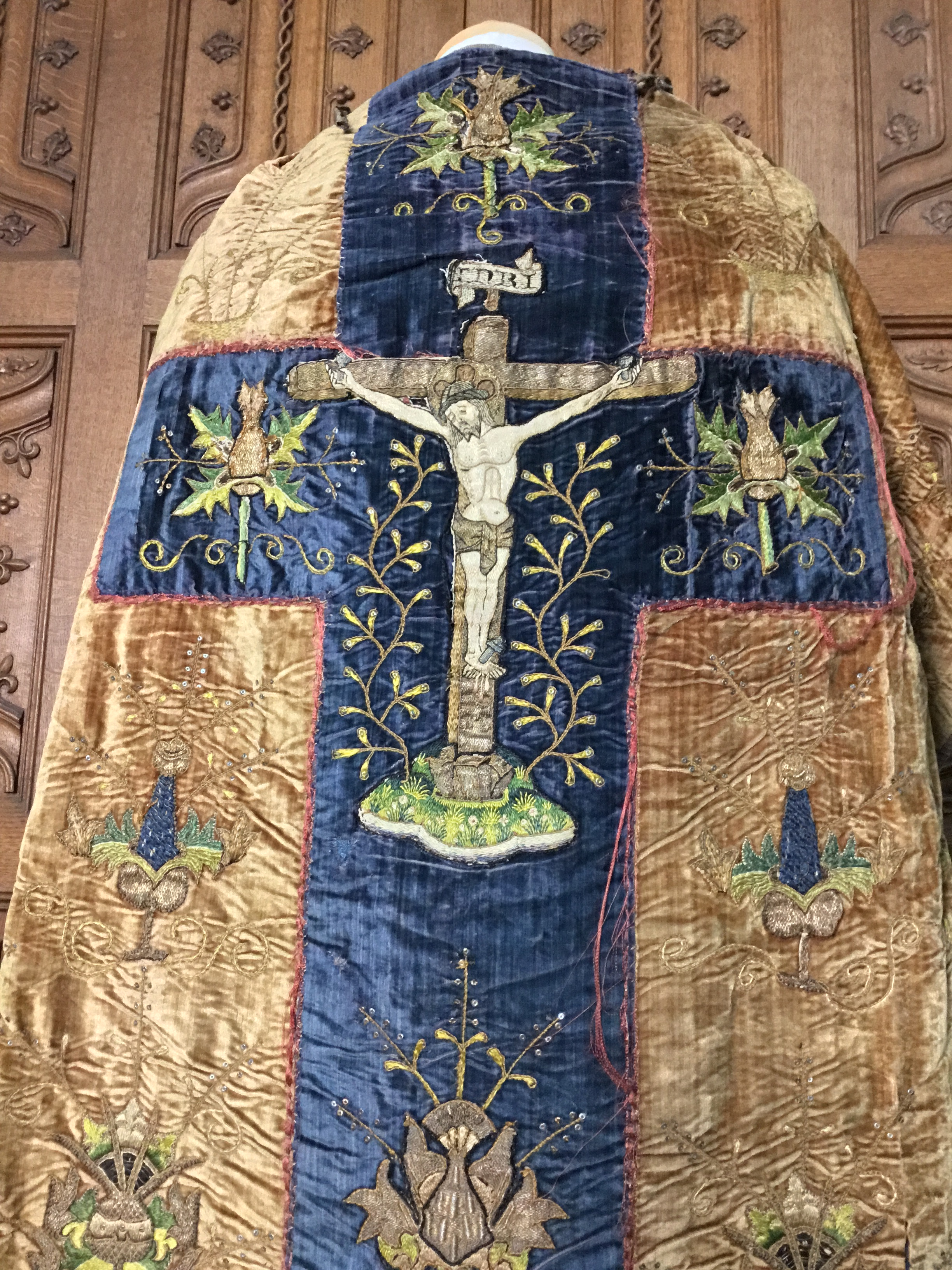Embroidered Jesus on the cross cloak